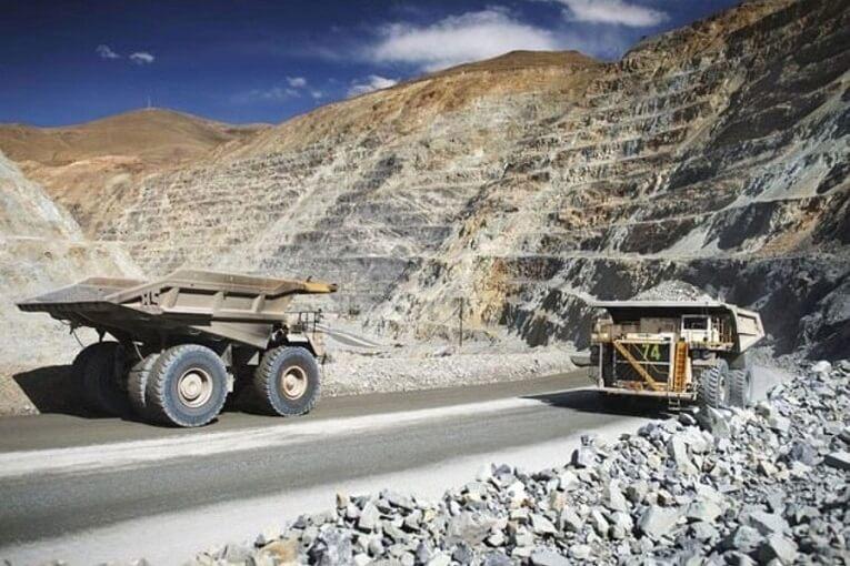 10 distritos del país recibieron 1,115 millones por aportes de la minería este año